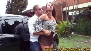 Fudendo a gostosa no x vidio em português