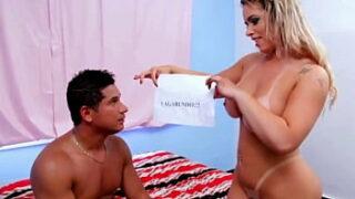 Angel Lima em vídeo de sexo gratuito fudendo muito