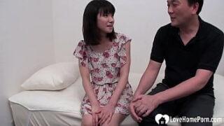 Video porno a força com a japinha gostosona